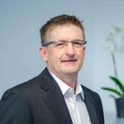 Daniel Vögele – COO, Operations