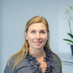Rita Hof – Sachbearbeitung Versand